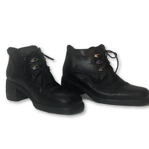 Aquatalia Black Leather Lace Up Ankle Boots EUC!